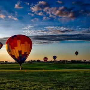 hot-air-balloons-1751458_1280